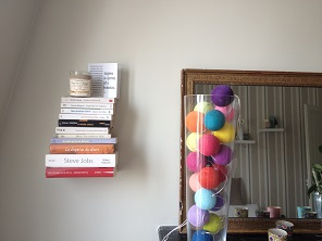 étagère en livres
