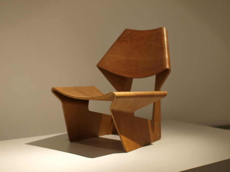 Grete_Jalk_-_GJ_chair